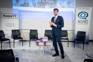 debata dom to praca Rafał Górski podpisy pod petycją